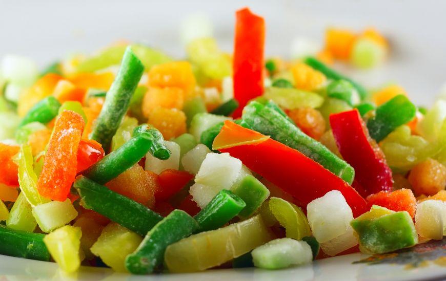 pastreaza-prospetimea-verii-pentru-ciorba-de-la-iarna-cum-sa-pui-legume-la-congelator_size1