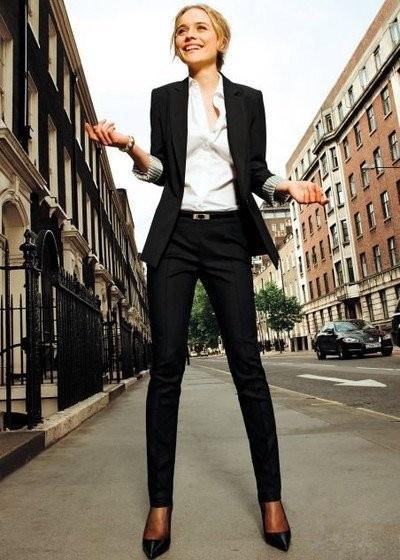 Tinute-pentru-femei-business
