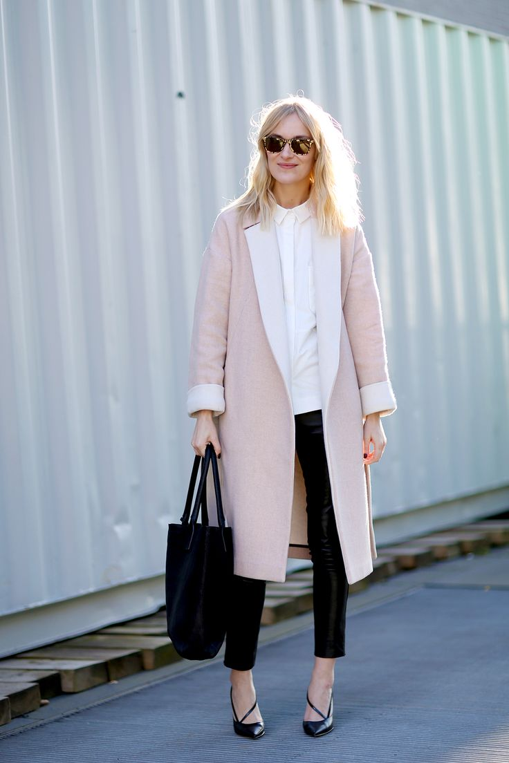 minimalistic-outfit-office