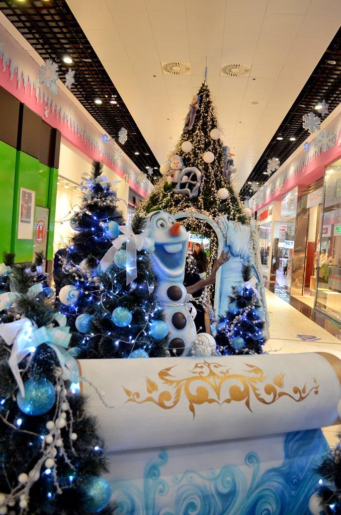 decoratiuni-craciun-centrul-comercial-felicia-frozen