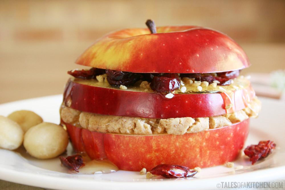 Atelier 4. Măr cu unt de arahide și cereale
