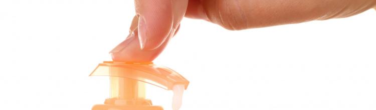 Sapunul si dezinfectantul iti afecteaza mainile?