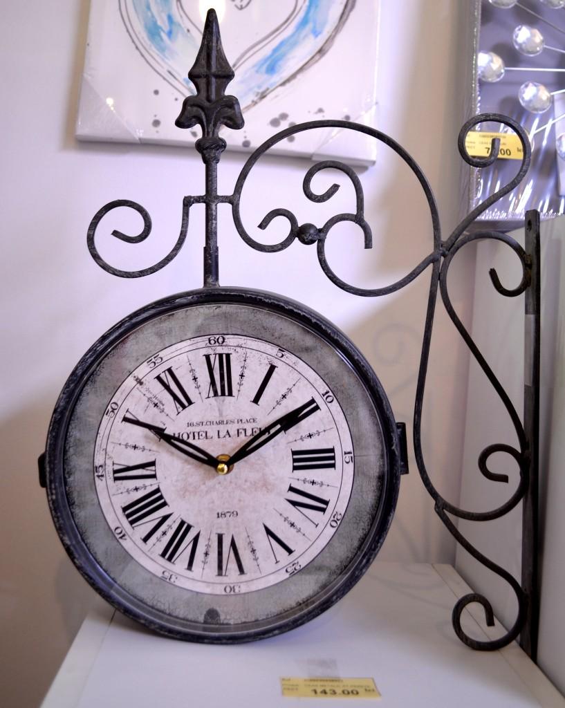 ceas-perete